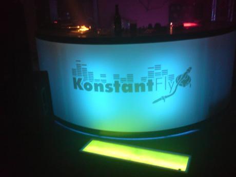 KonstantFly Logo - Aufkleber DJ Pult